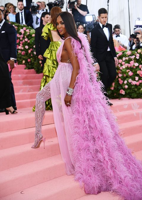 Pink, Dress, Gown, Clothing, Fashion, Shoulder, Haute couture, Red carpet, Event, Formal wear,