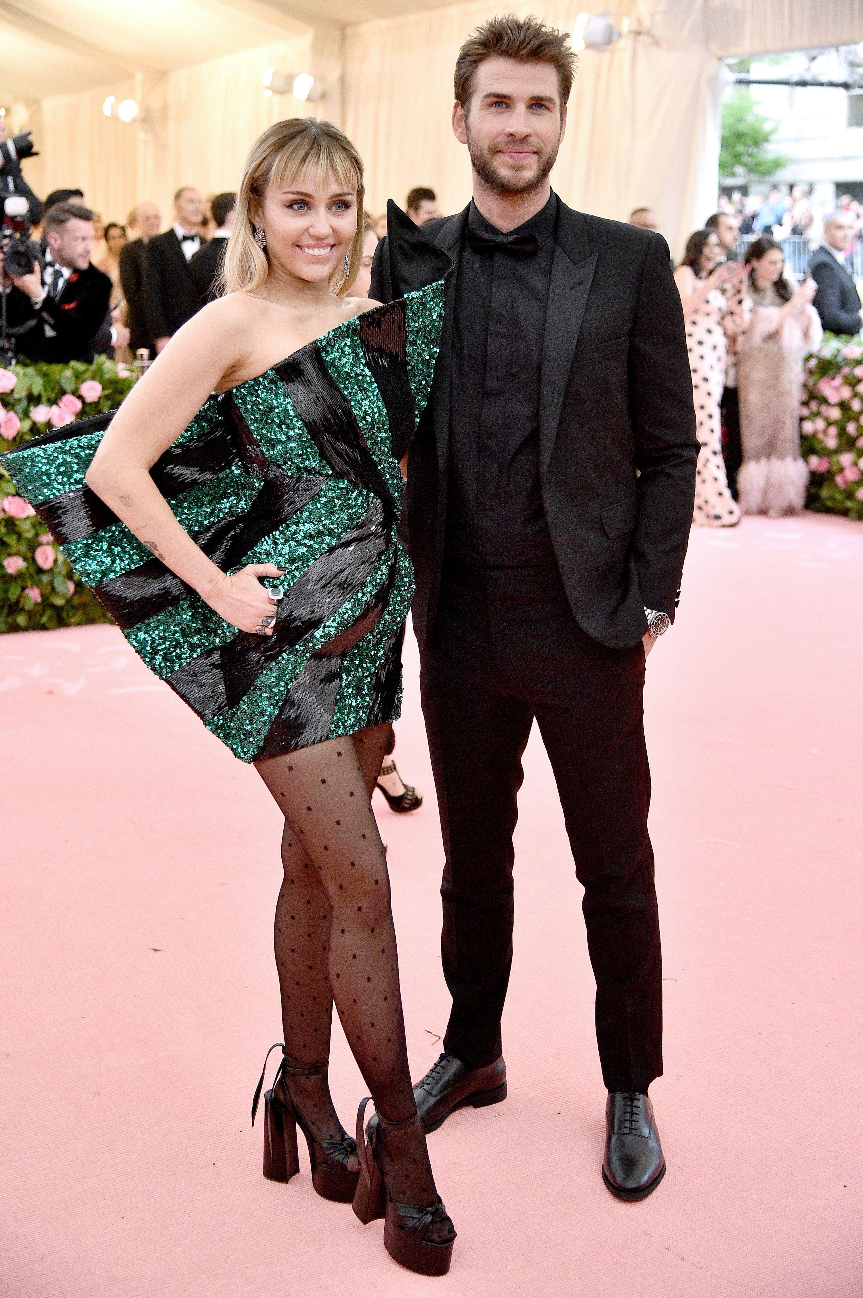 som er dating som Liam Hemsworth dating en mannlig ballettdanser