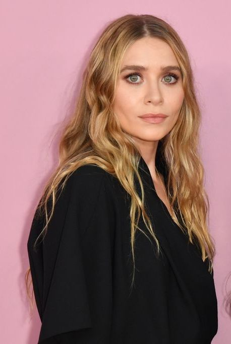 us fashion designers mary kate r and ashley olsen arrive for the 2019 cfda fashion awards at the brooklyn museum in new york city on june 3, 2019 photo by angela weiss  afp  alternative crop        photo credit should read angela weissafp via getty images