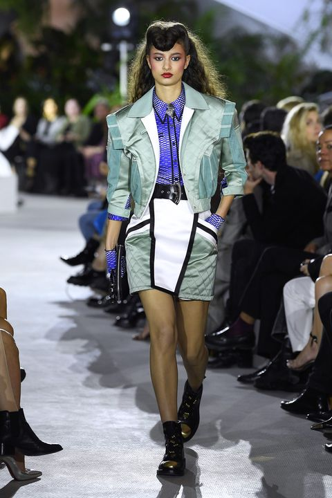 Fashion model, Fashion, Fashion show, Runway, Clothing, Street fashion, Footwear, Electric blue, Fashion design, Public event,