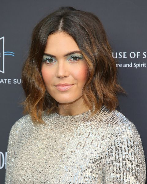 25 Cute Hairstyles For Round Faces 25 Short Medium And Long Haircuts For A Round Face