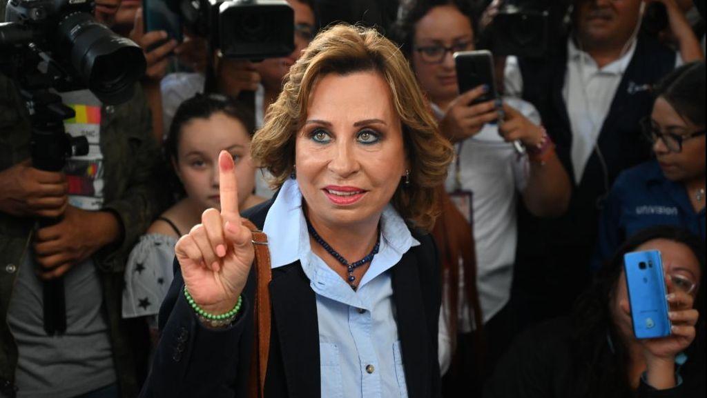 Luci e ombre di Sandra Torres, la ex first lady del Guatemala che vuole essere la prima presidente donna