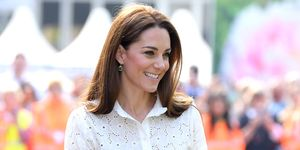 kate-middleton-casual-look-superga