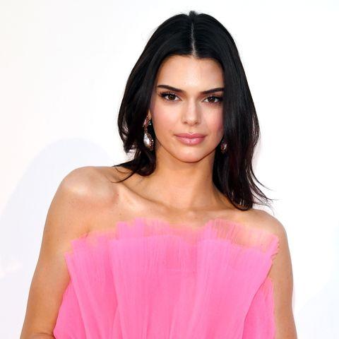 Clothing, Pink, Dress, Shoulder, Strapless dress, Cocktail dress, Beauty, Skin, Fashion model, Peach,