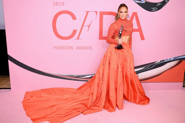 new york, new york   june 03 jennifer lopez poses with the fashion icon award during winners walk during the cfda fashion awards at the brooklyn museum of art on june 03, 2019 in new york city photo by dimitrios kambourisgetty images