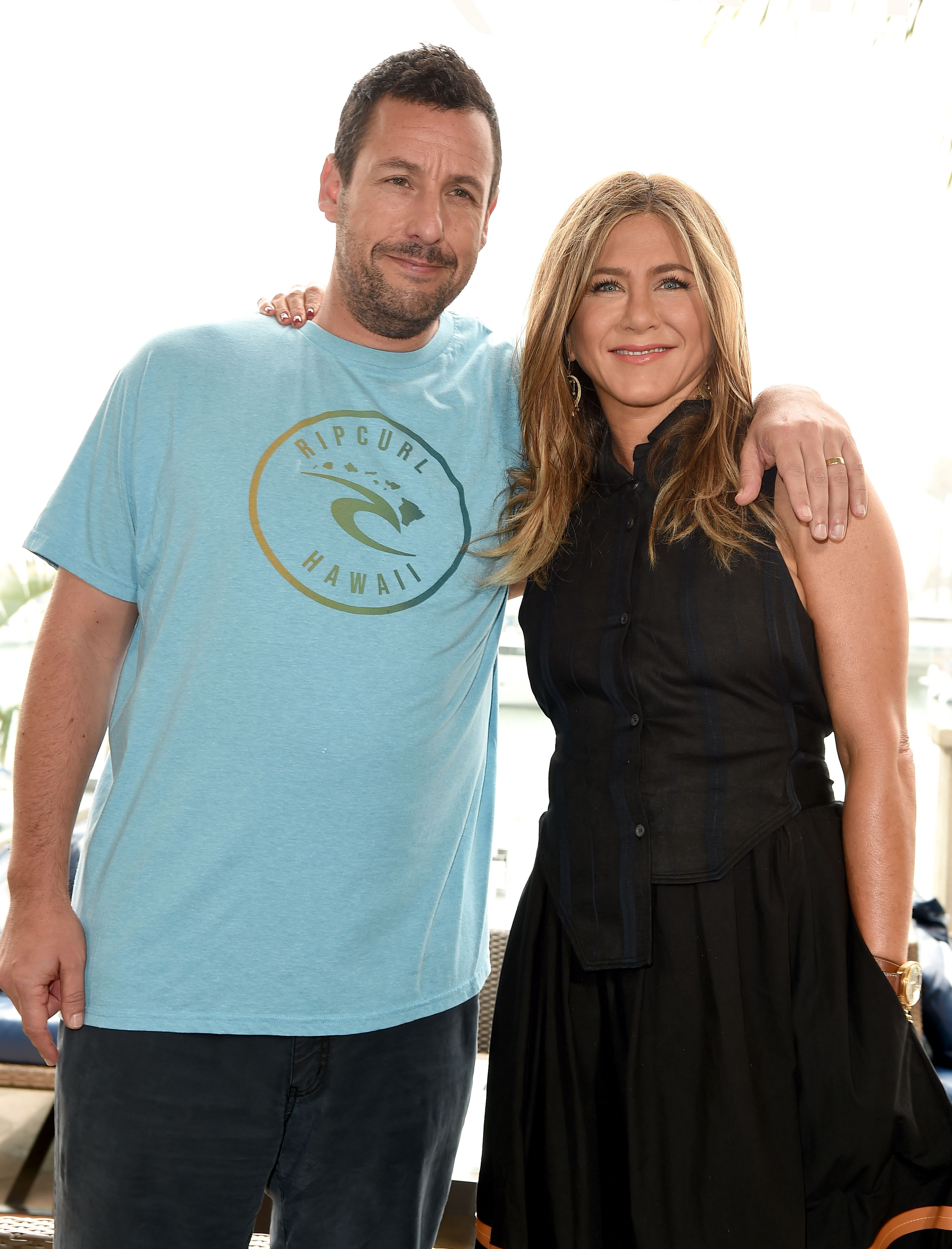 Jennifer Aniston and Adam Sandler's New Comedy 'Murder Mystery' Breaks Netflix's Opening Weekend Record