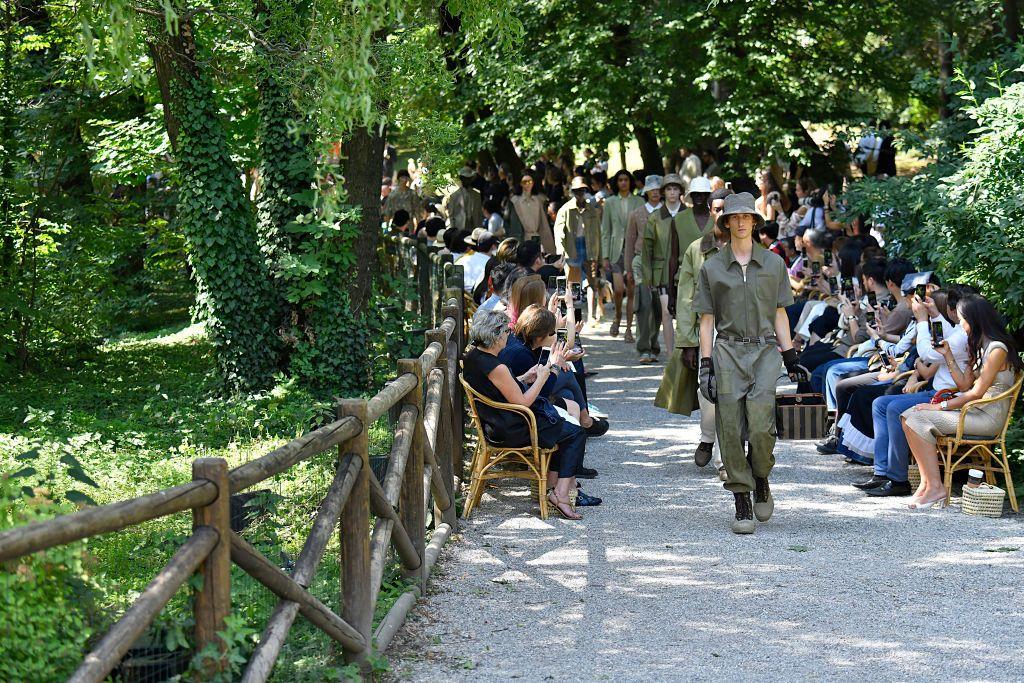 Dalle sfilate Primavera Estate 2020 di Milano, l'uomo botanico, organico, simpatico