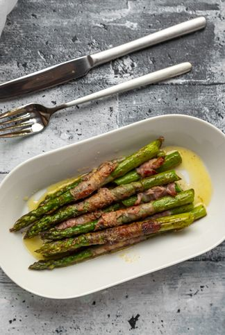 green asparagus with bacon and lemon butter sauce
