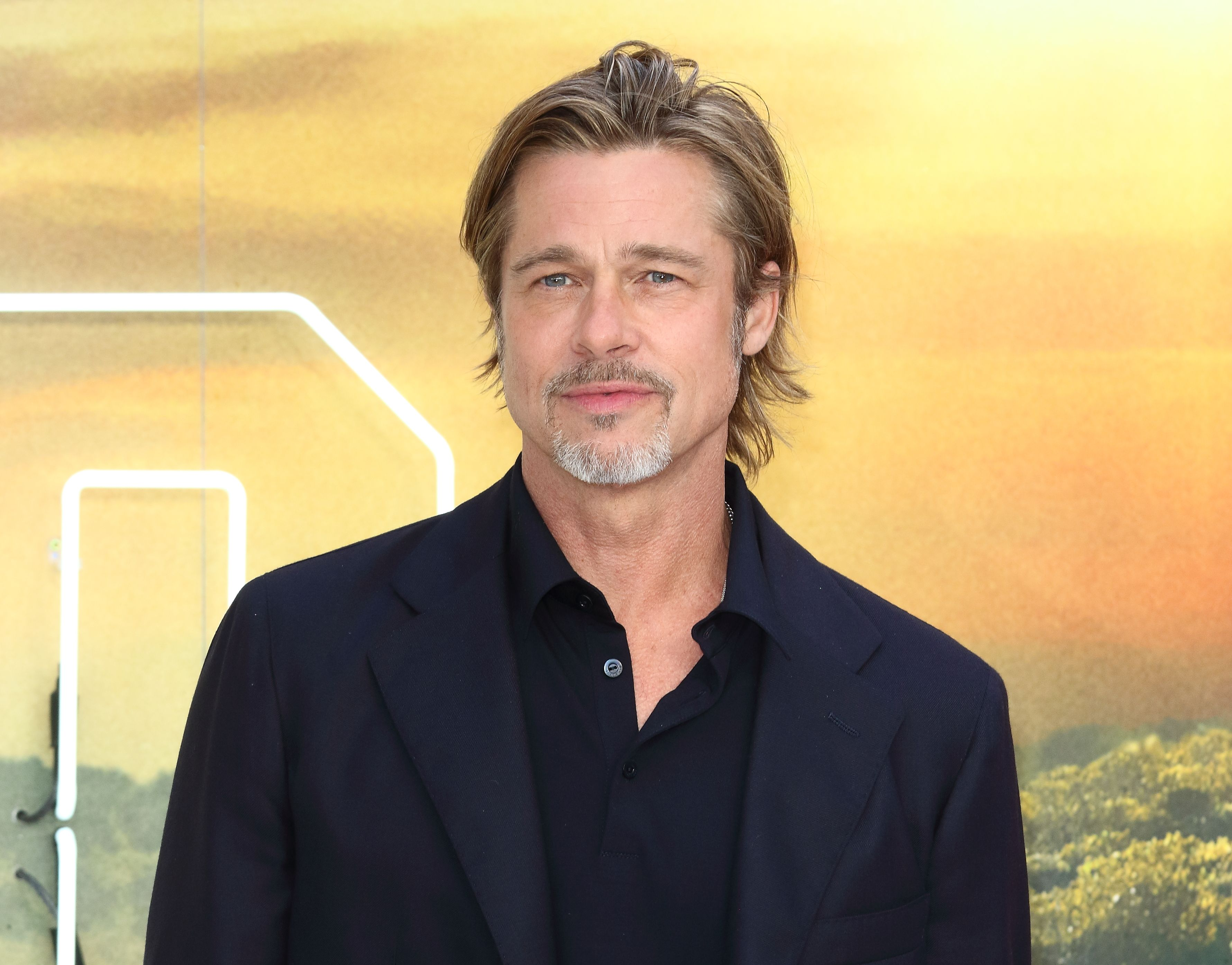 Brad Pitt Brought Classic Nineties Style Back To The Red Carpet