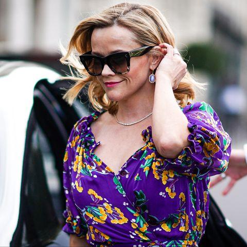 Eyewear, Sunglasses, Street fashion, People, Glasses, Fashion, Shoulder, Beauty, Purple, Blond,