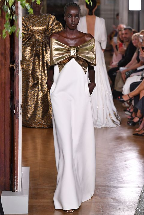Fashion, White, Haute couture, Clothing, Fashion model, Runway, Fashion design, Shoulder, Dress, Fashion show,