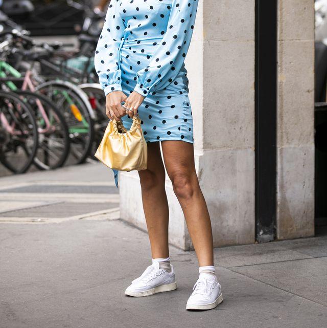 mooie witte sneakers