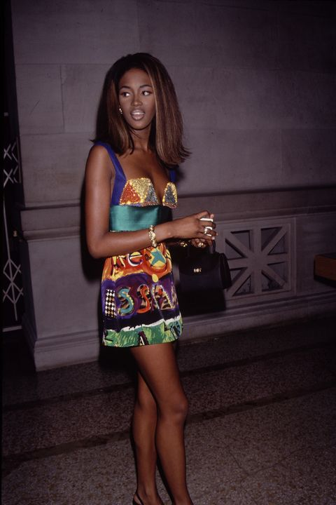 fashion model naomi campbell at the costume institute gala   theatre de la mode   december 3, 1990 at metropolitan museum of art in new york city, new york, united states  photo by the life picture collection via getty images