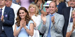 Kate-Middleton-en-prins-William-laatste-dag-Wimbledon in baby-blauwe-outfits