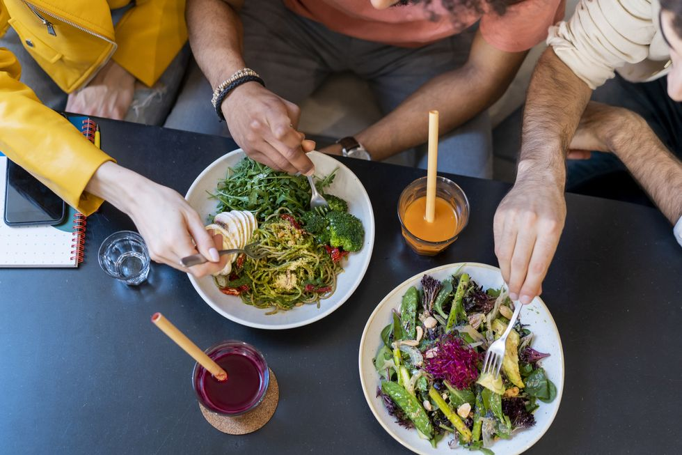The Highest-Protein Options at 4 Popular Salad-Based Chains thumbnail