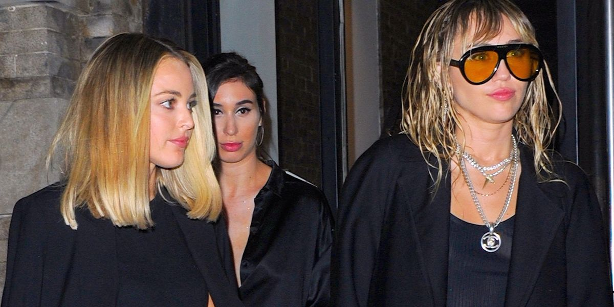 Miley and Kaitlynn stunned in black.
