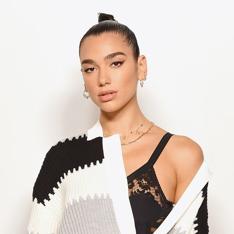 Hair Show 2020.Dua Lipa Shows Off A New Fringe Haircut On Instagram