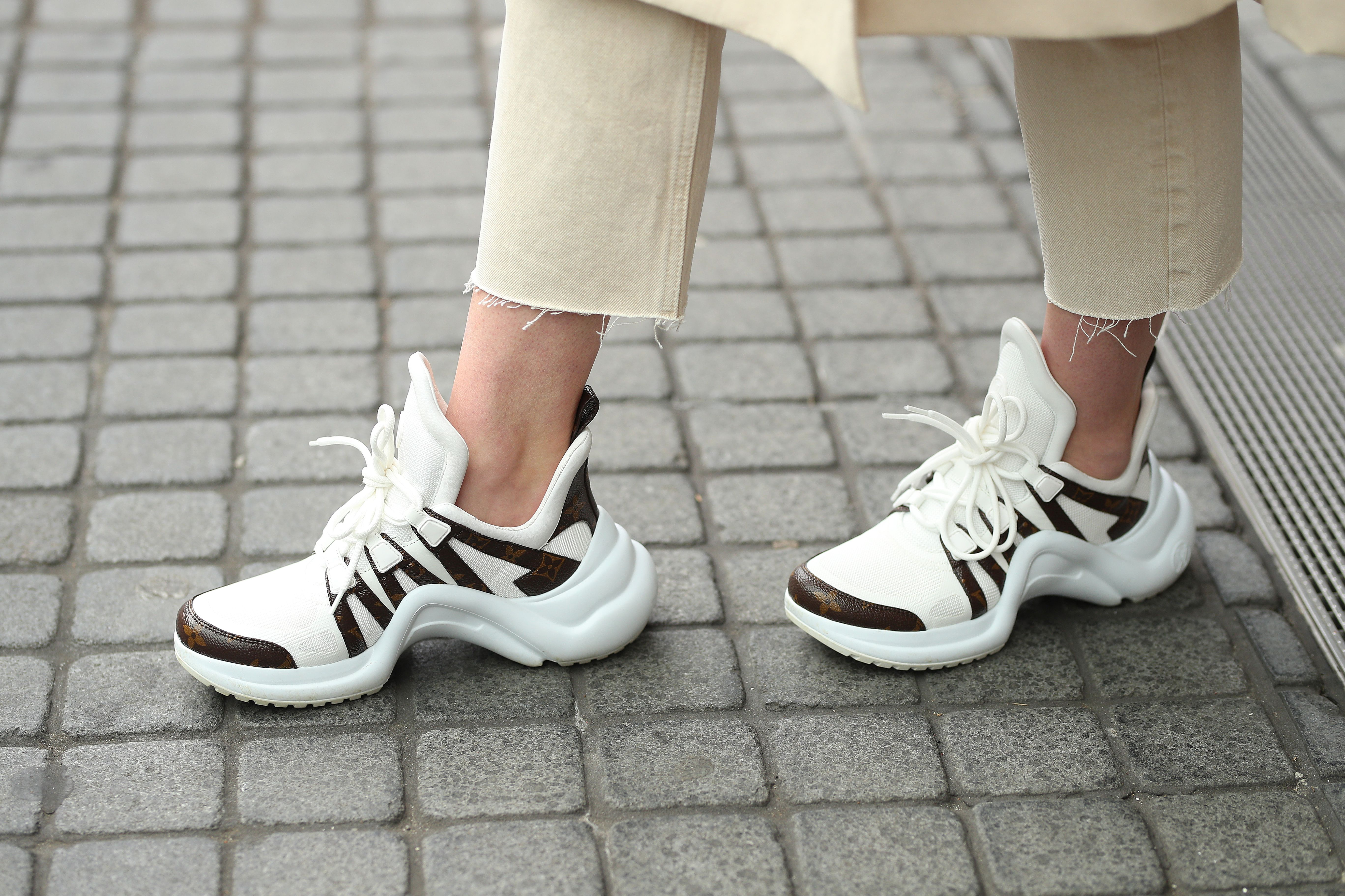 100 Chic Running Shoes