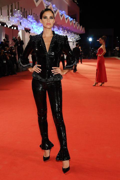 Fashion, Red carpet, Fashion model, Carpet, Event, Flooring, Fashion show, Haute couture, Premiere, Performance,