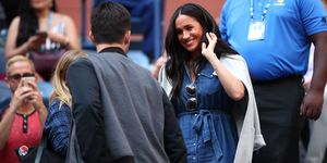 meghan-markle-verschijning-new-york-us-open-serena-wulliams-look
