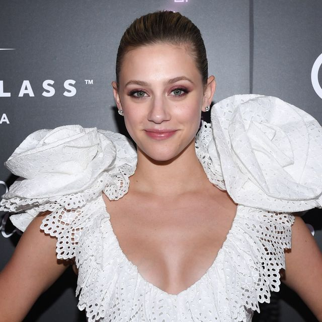 Lili Reinhart Takes Funny Selfies During Facial Treatment
