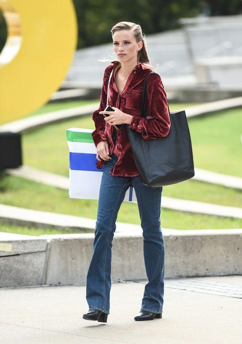 Jeans, Clothing, Street fashion, Fashion, Shoulder, Denim, Beauty, Snapshot, Footwear, Leg,