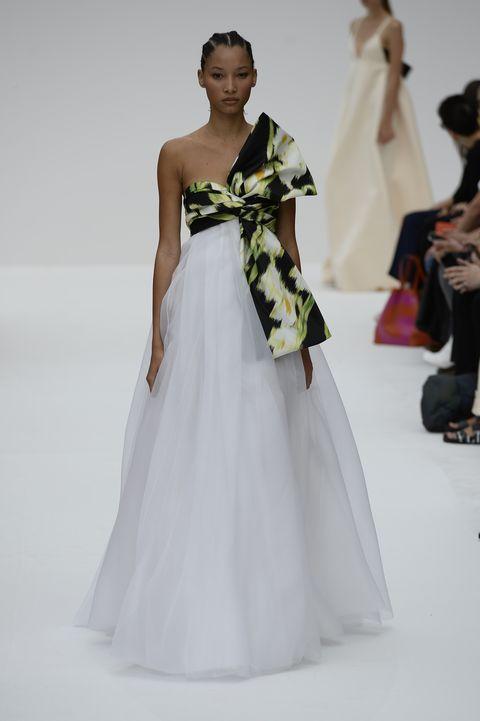 Fashion model, Clothing, Fashion, Dress, Gown, Shoulder, Fashion show, Haute couture, Runway, Bridal party dress,