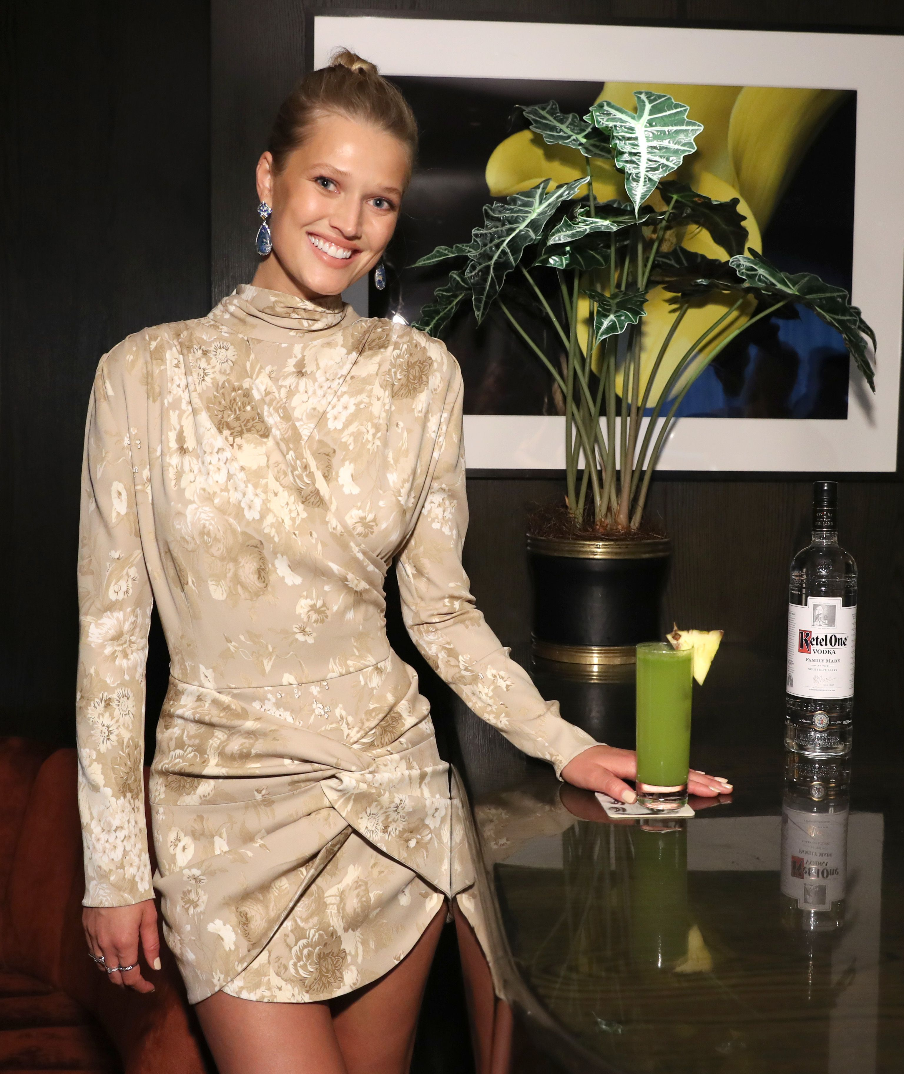 Thanks to Toni Garrn, Gisele Bündchen and Gigi Hadid are Opening Up their Closets for Charity