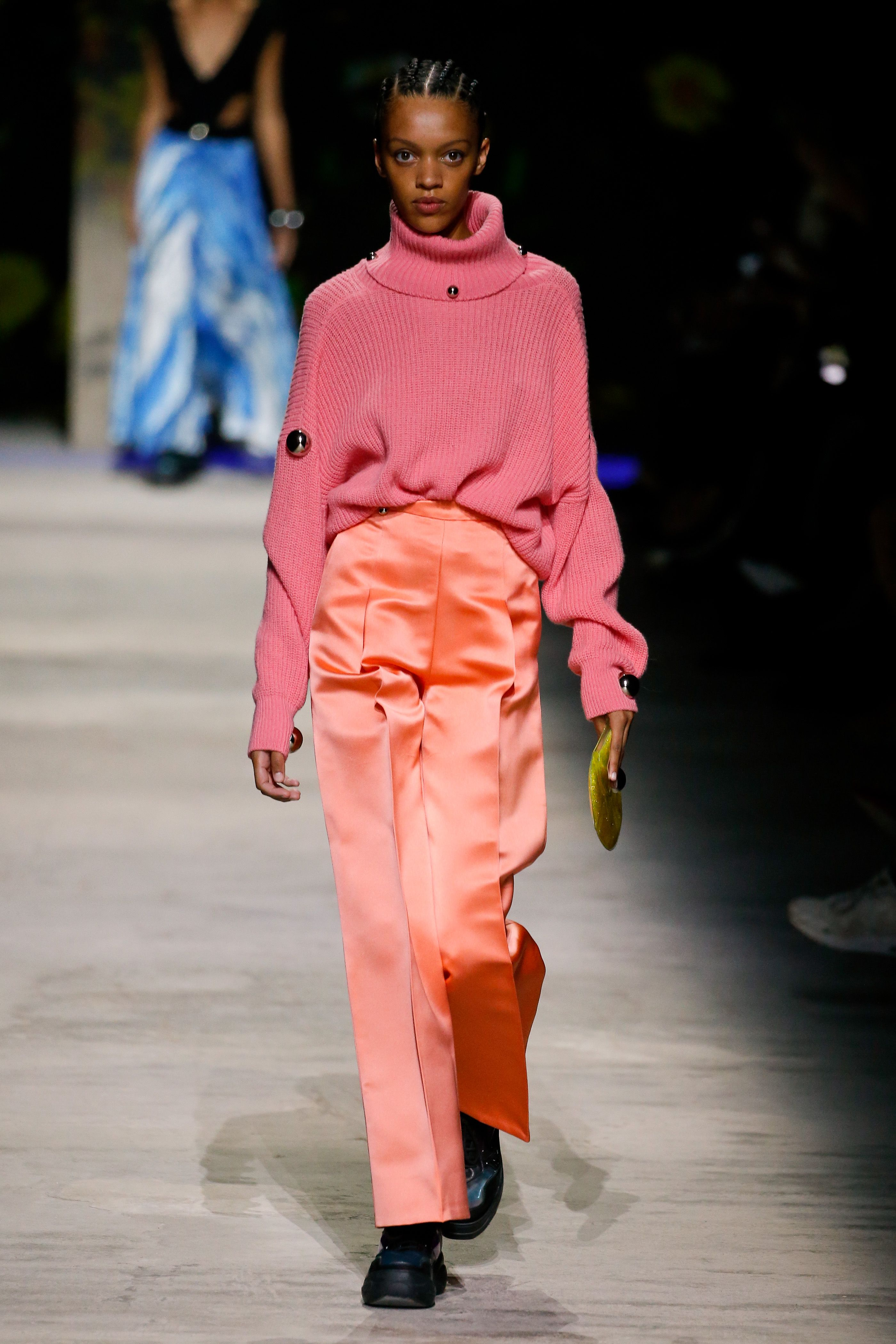 Oversized Sweater Trend Gucci Chanel Runway \u2013 How to Wear