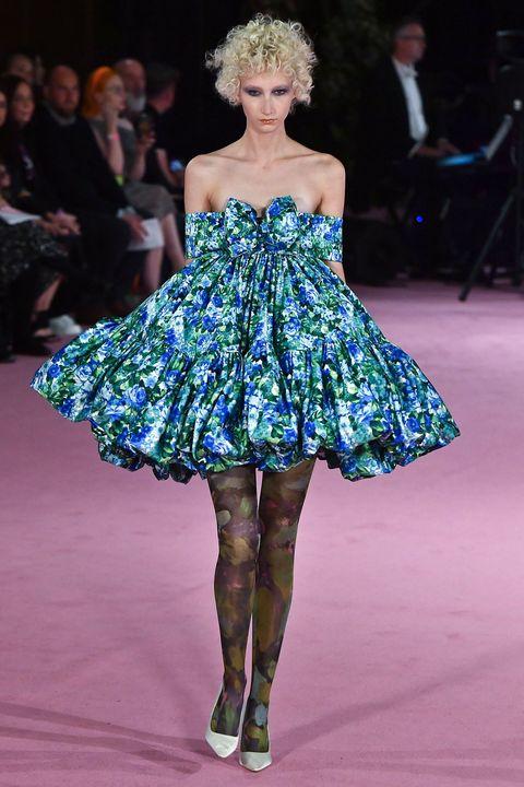 Fashion, Fashion model, Fashion show, Clothing, Haute couture, Runway, Shoulder, Dress, Fashion design, Event,