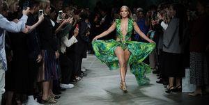 Jennifer Lopez versace green dress
