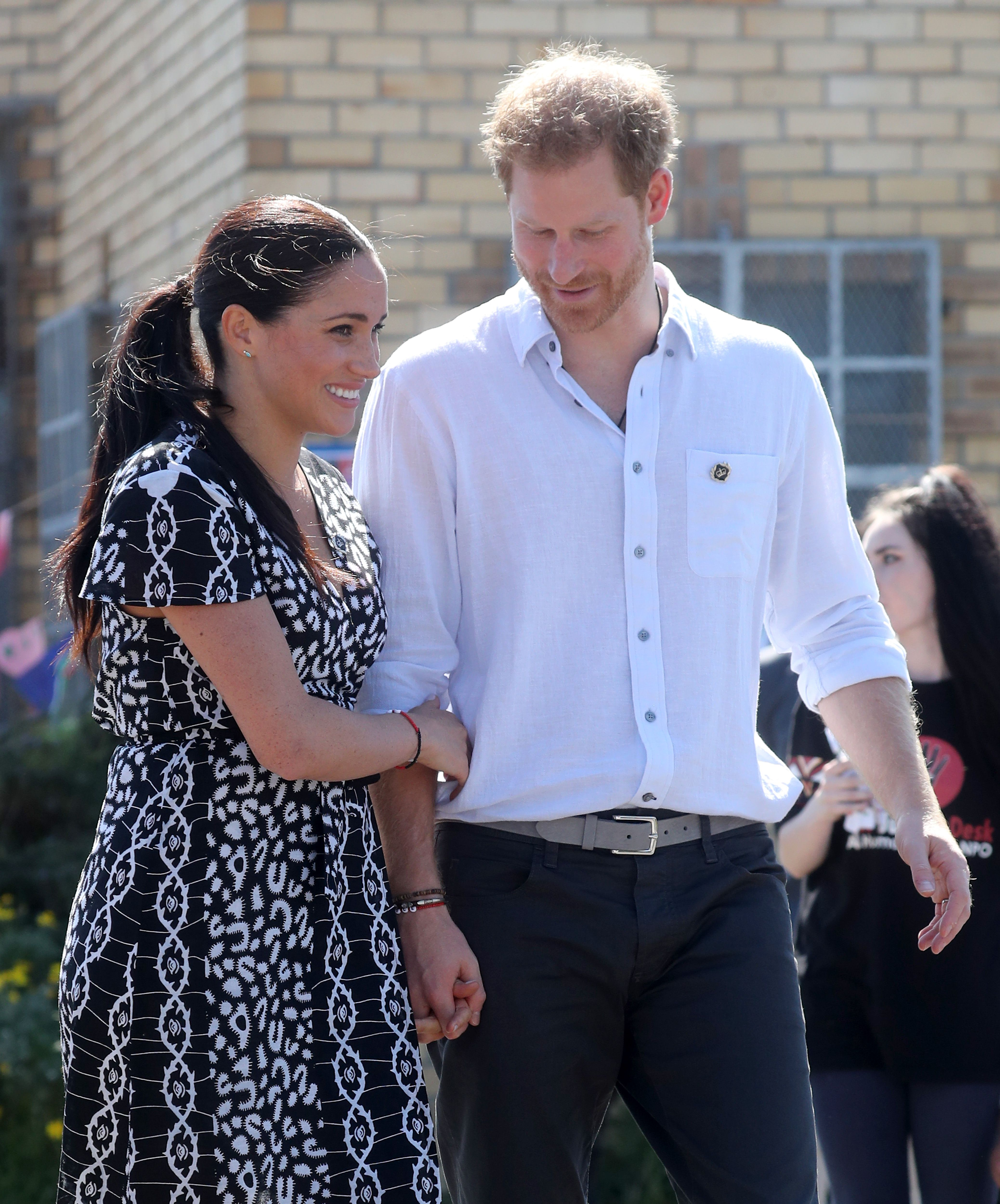 Meghan Markle and Prince Harry Are Abandoning Royal Protocol on Tour and It's Deeply Confusing Officials