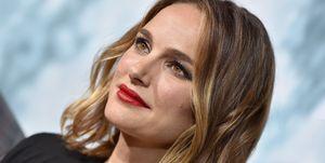 Natalie Portman Smoky Gold Balayage Hair