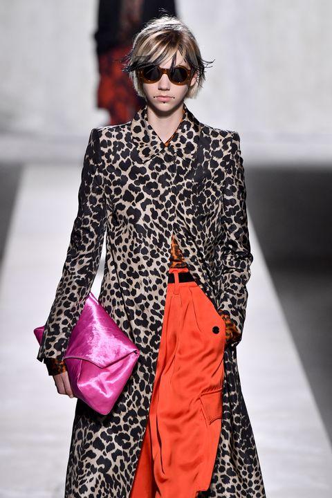 Dries Van Noten: Runway - Paris Fashion Week - Prêt-à-porter Femme Printemps Été 2020