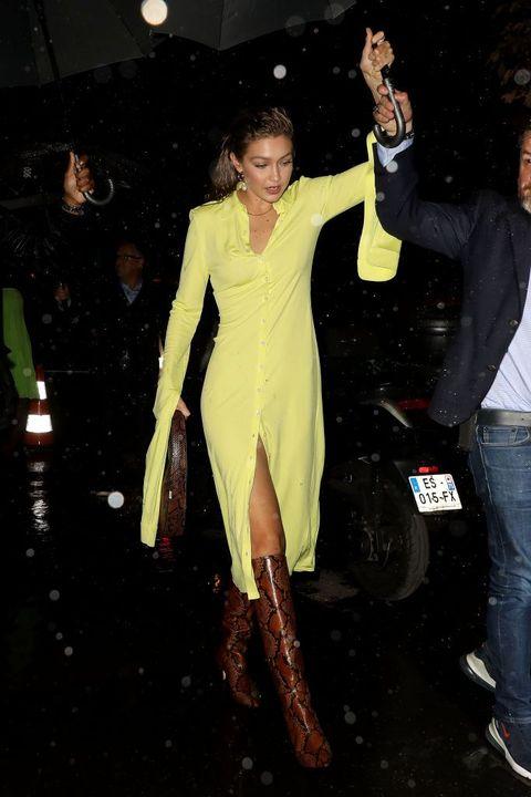 Fashion, Leg, Outerwear, Dress, Event, Thigh, Performance,