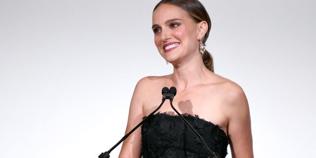 """Natalie Portman Calls for Women to Embrace Their Mistakes: """"F*ck Up and Thrive, Sisters"""""""