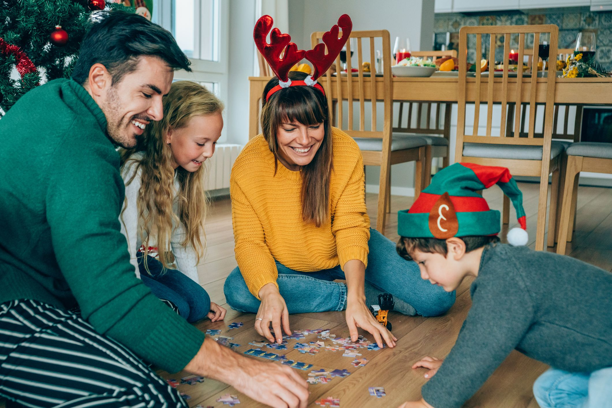 35 Fun Christmas Party Games For Kids And Adults 2020
