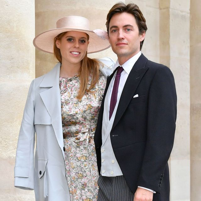 paris, france  october 19 princess beatrice york and her fiance edoardo mapelli mozzi