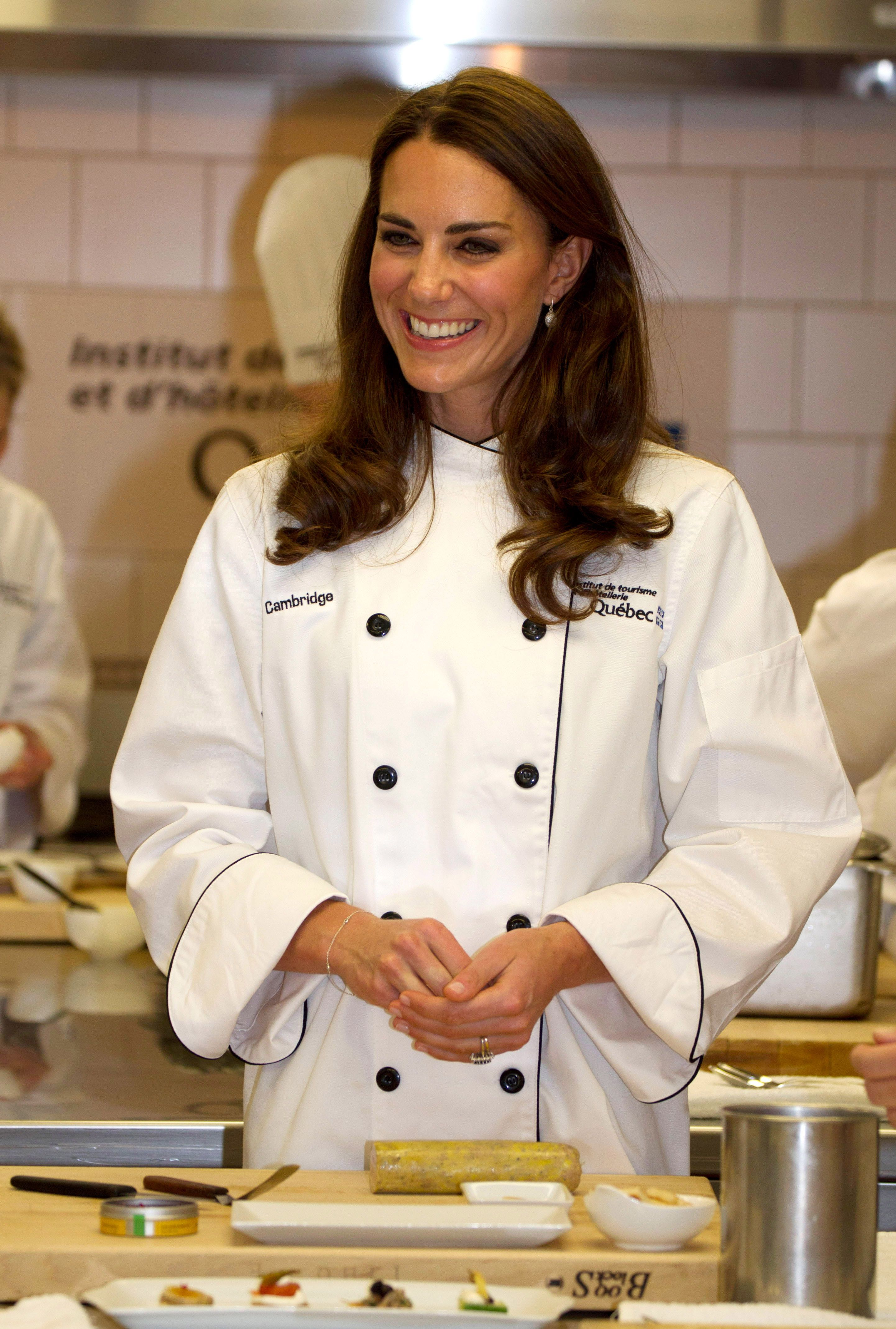 Kate Middleton Is Reportedly Teaming Up With Mary Berry For Christmas Cooking Show