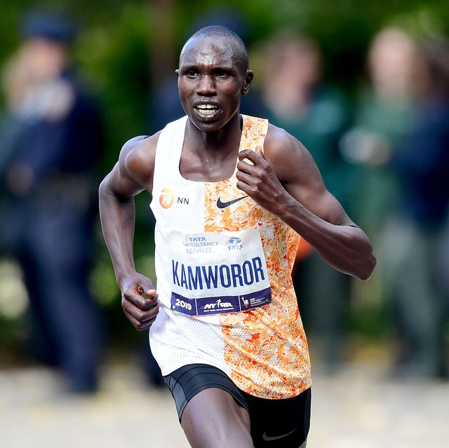 new york, new york   november 03 geoffrey kamworor of kenya runs through central park before finishing first for the pro mens in the tcs new york city marathon on november 03, 2019 in new york city photo by emilee chinngetty images