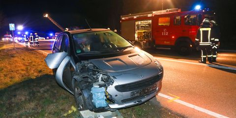 Passenger car captures young female pedestrian