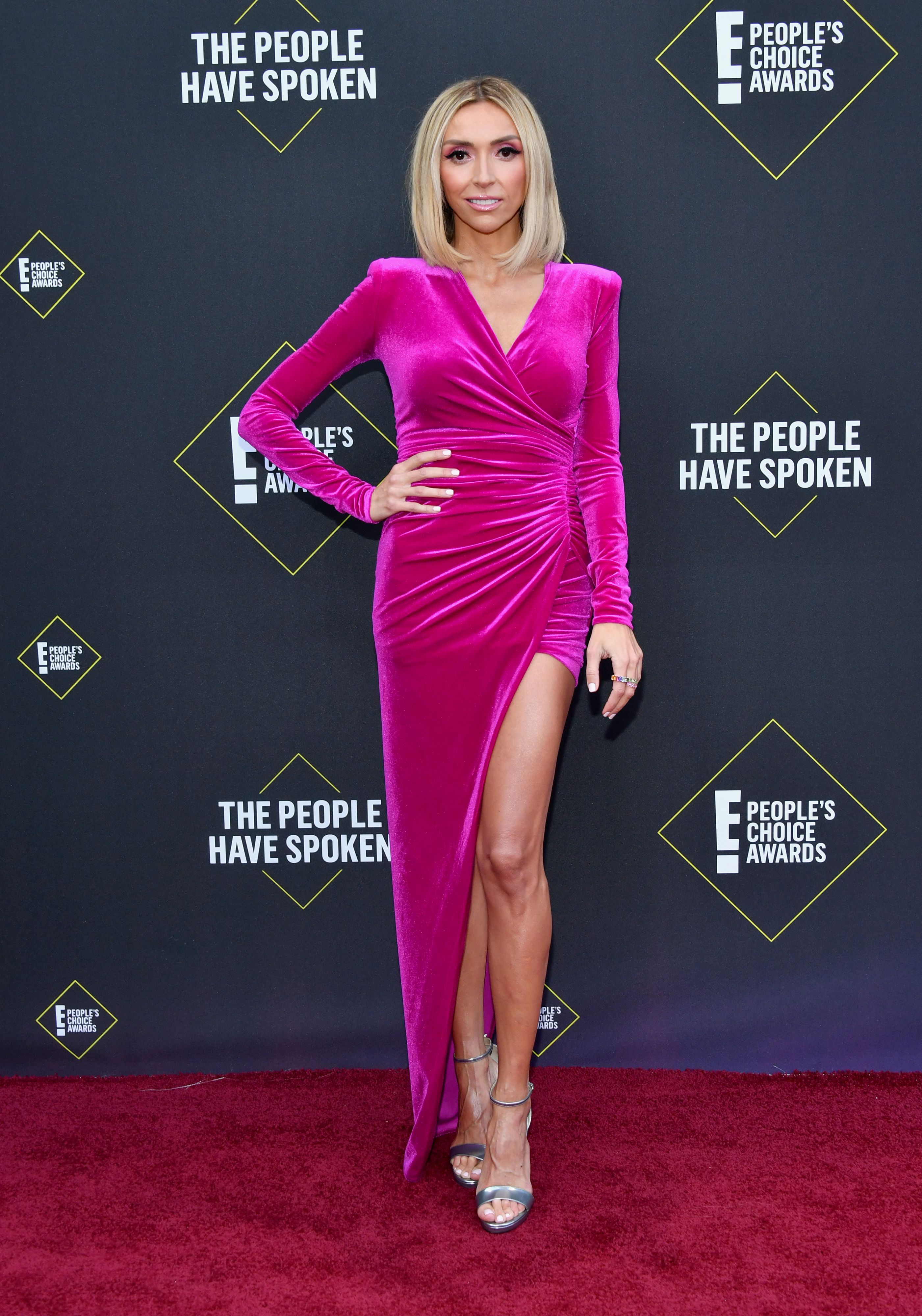 People Are Trolling the People's Choice Awards Over All the Celebs Who Didn't Show Up
