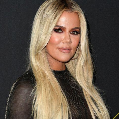 Hair, Blond, Hairstyle, Long hair, Layered hair, Beauty, Eyebrow, Chin, Brown hair, Surfer hair,