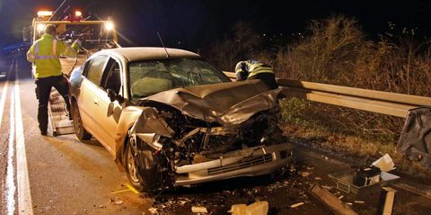 Traffic accident with two fatalities on the B20