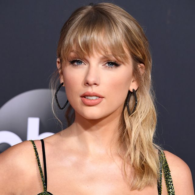 los angeles, california   november 24 taylor swift attends the 2019 american music awards at microsoft theater on november 24, 2019 in los angeles, california photo by steve granitzwireimage