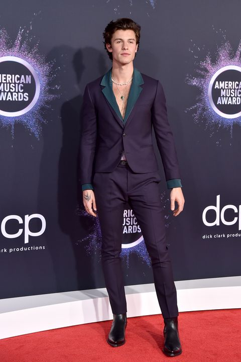 Shawn Mendes at the 2019 American Music Awards - Arrivals