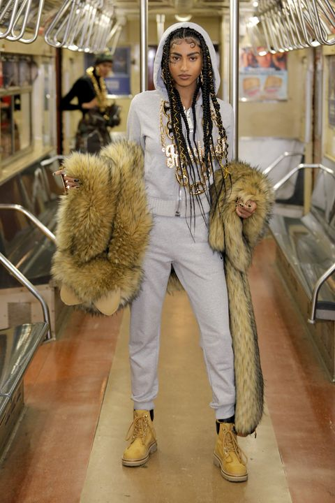 Fur clothing, Fur, Clothing, Fashion, Textile, Outerwear, Street fashion, Jeans, Fashion design, Trousers,