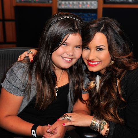 Demi Lovato S Younger Sister Actress Madison De La Garza Speaks Out About The Singer S Recovery