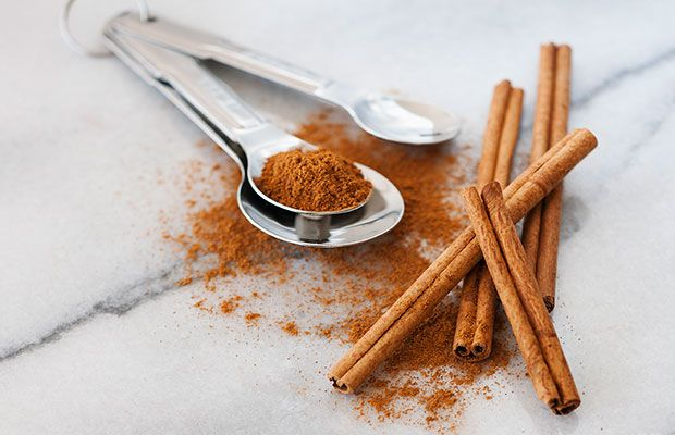 Herbs and spices that burn belly fat