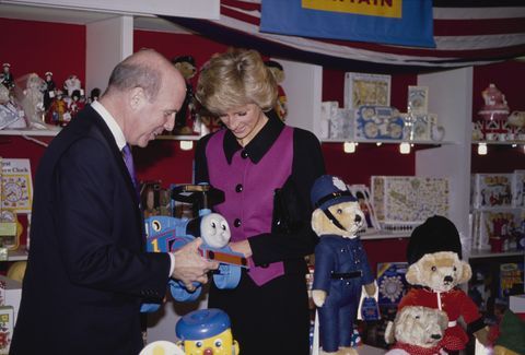 diana, princess of wales  1961   1997  visits the britain section of the toy shop fao schwarz in new york city, february 1989 she is wearing a pink and black suit by catherine walker  photo by jayne fincherprincess diana archivegetty images